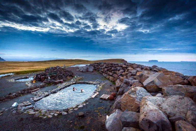 Myndin er fengin hjá Markaðsstofu Norðurlands og er tekin á Reykjum á Reykjaströnd í Skagafirði.